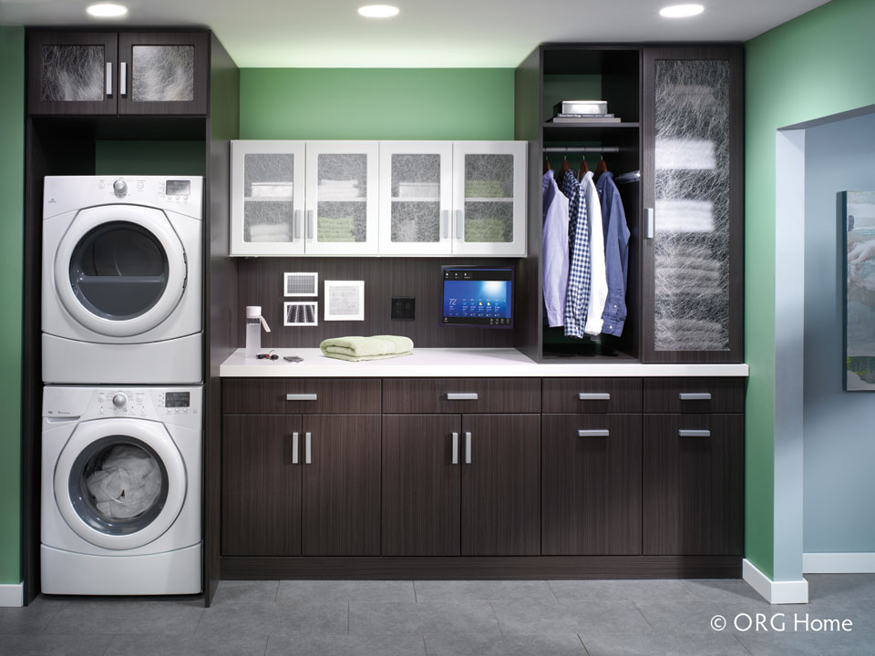 tips on how to have an organized laundry room